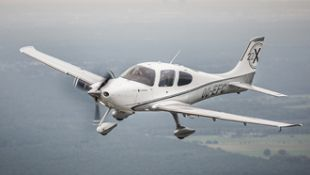 Van de grond met de Elite Flying Club - De test: Cirrus SR22 & SR20